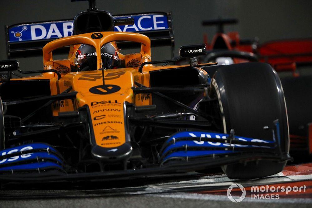 """Sainz diz ter orgulho de ter feito parte da McLaren e prevê que equipe será uma """"força no futuro"""""""