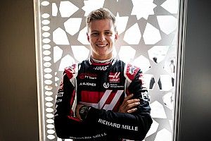 Binotto: Schumacher Butuh Waktu untuk Adaptasi