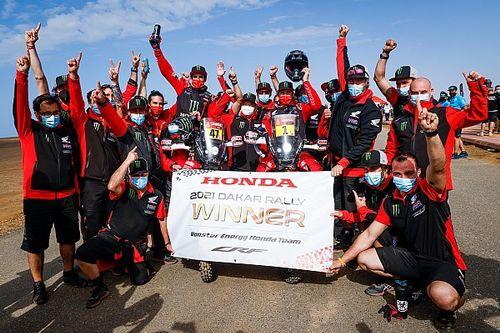 Kevin Benavides logra su primer Dakar y Honda hace doblete