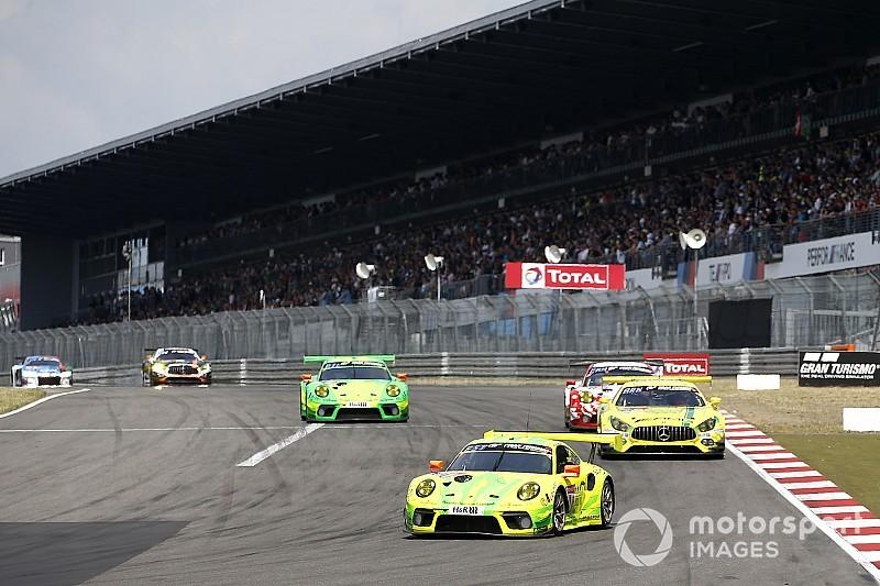 24 uur Nürburgring: Porsche leidt na 6 uur, drama voor BMW