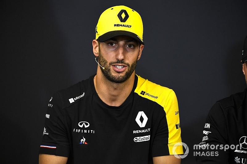 Edzésgyakorlatok Ricciardótól: lesd el a trükköket az F1-es pilótától