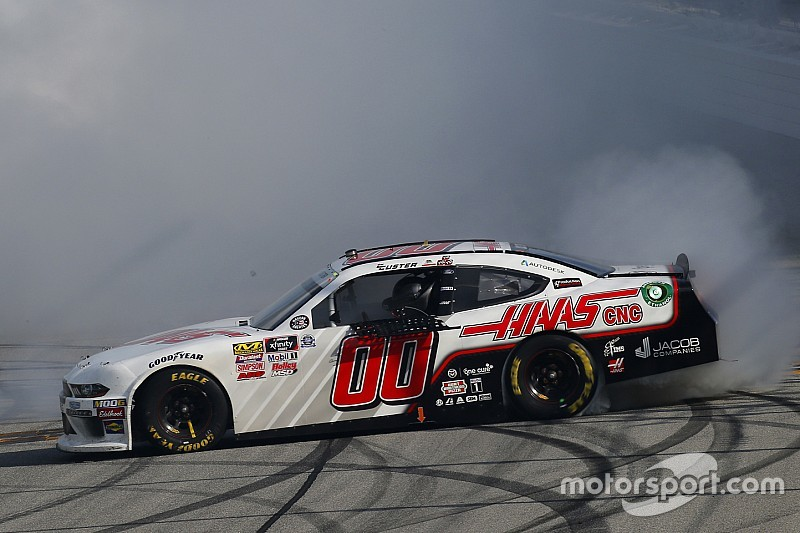 Cole Custer bests Joey Logano for Chicagoland Xfinity win