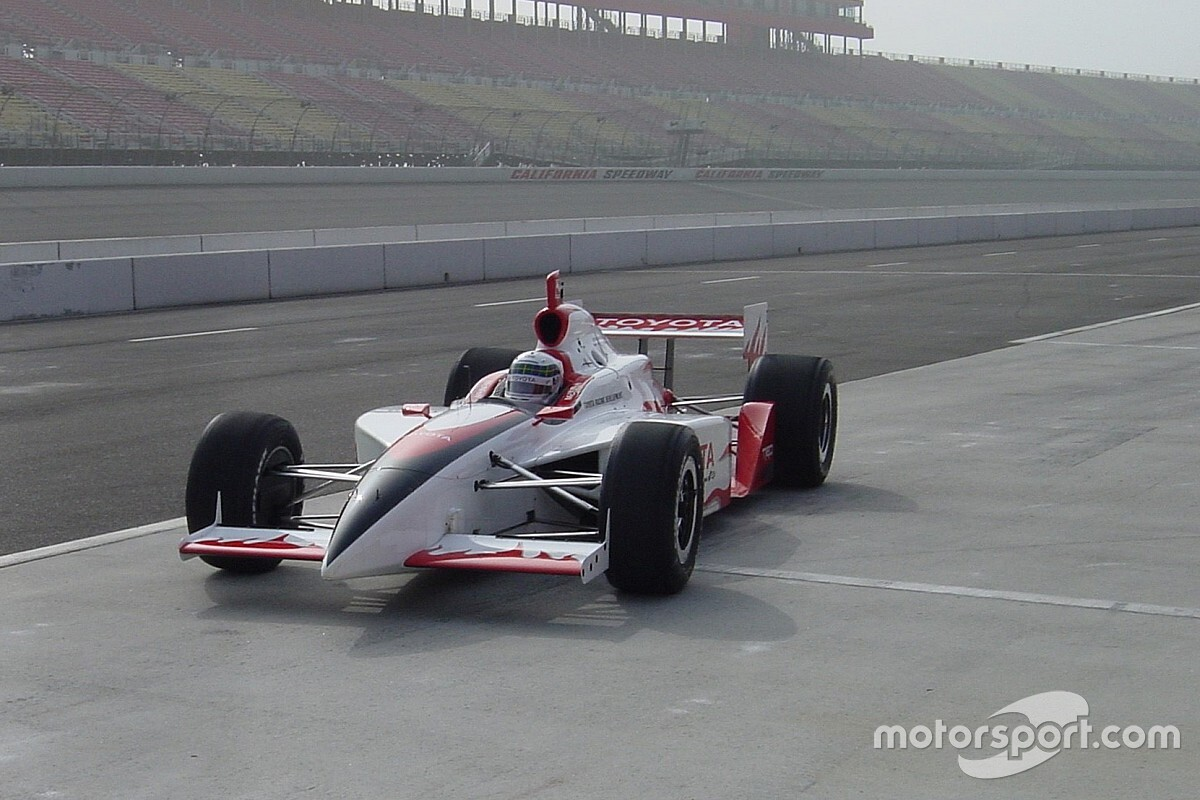 When a bruised McNish took on an IndyCar oval test