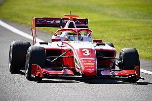 Nederlanders buiten top-10 in F3-kwalificatie, Sargeant op pole