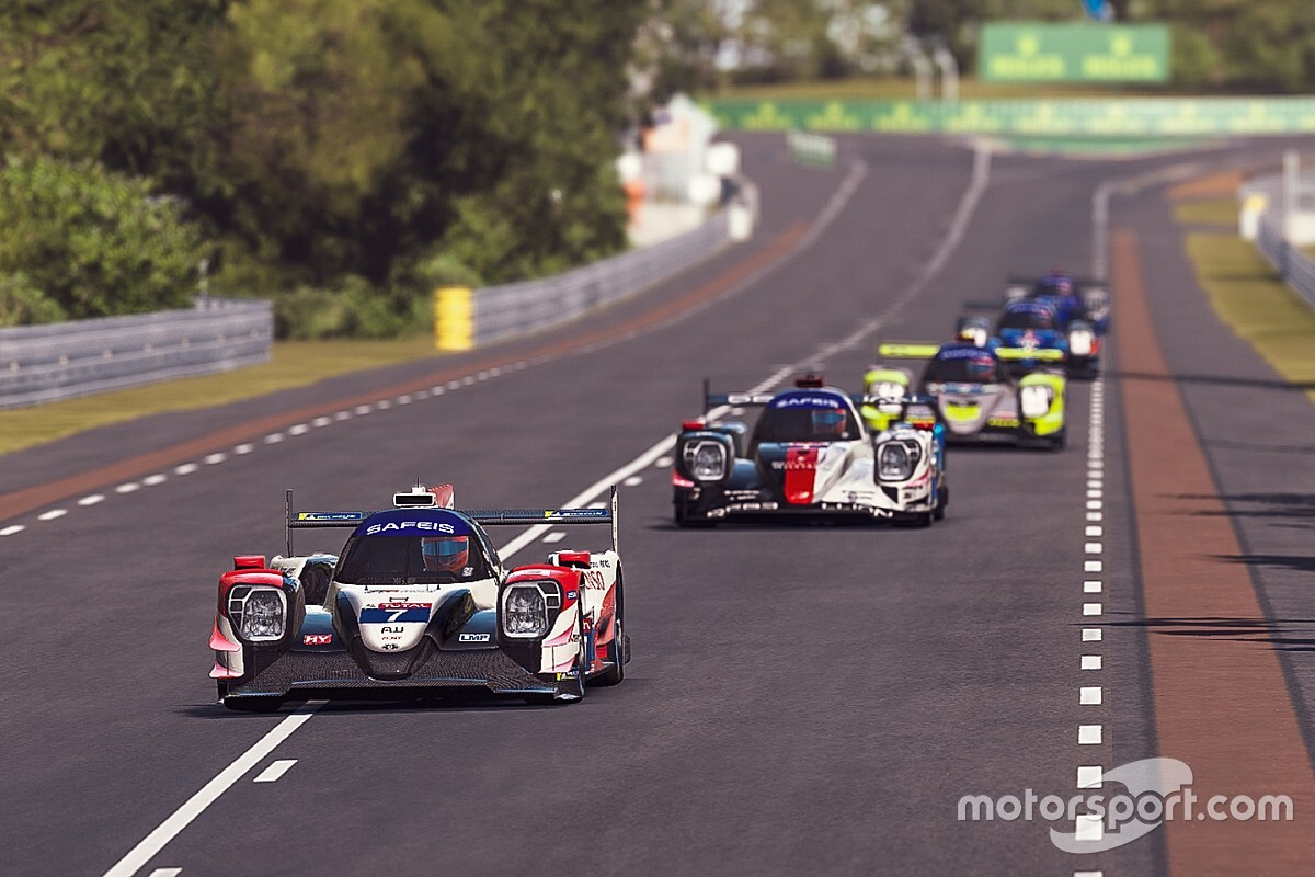 Virtual Le Mans resumes after red flag stoppage