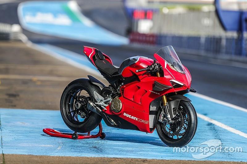 Fotos: la Ducati Panigale V4 R de Bautista y Davies para el WorldSBK 2019