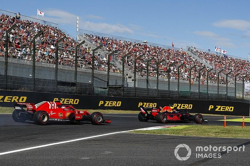 """Verstappen sur le podium malgré une pénalité """"ridicule"""""""
