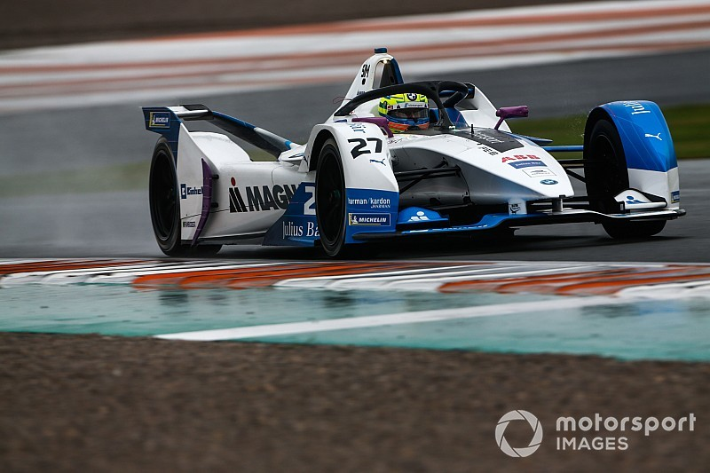Sims keeps BMW on top in Valencia Formula E test