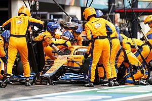 Arrêts au stand : McLaren salue l'intervention de la FIA