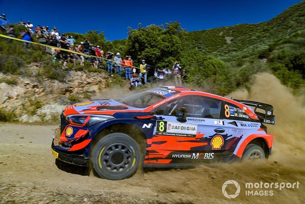 WRC, Rally Italia, PS1: super Tanak. Suninen subito KO