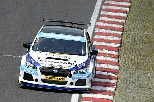 Oulton Park BTCC: Turkington scores first ever Subaru win