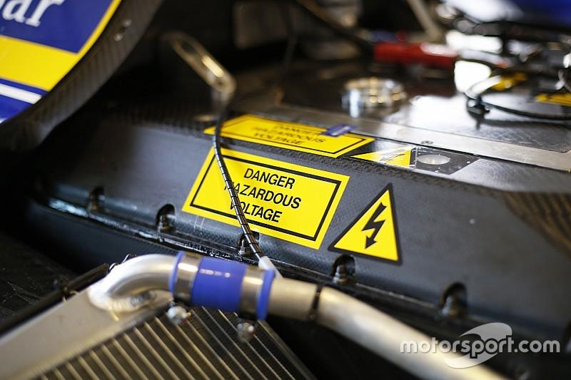 "Batterie, Williams ""in difesa"" dopo le avarie malesi"