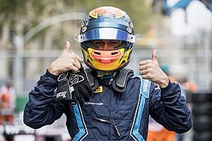 Baku F2: Albon takes pole in red-flagged session