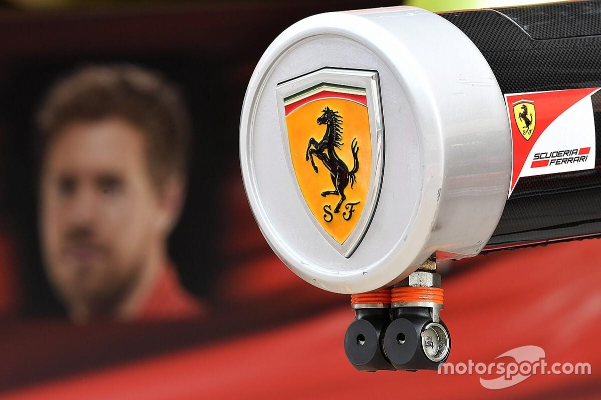 Alonso, Hamilton, Ricciardo és Sainz a Ferrari szerelésében