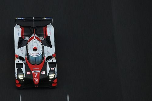 Toyota legt eerste test af met aangepaste LMP1