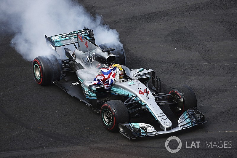 """Hamilton had it """"too easy"""" in 2017 - Alonso"""