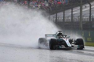 هاميلتون يُحرز قطب الانطلاق الأوّل في المجر تحت الأمطار