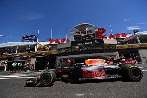 Red Bull dice que el equipo oficial Renault lo llevó a cambiar por Honda