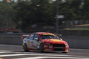 Darwin Supercars: McLaughlin edges Kelly in Practice 2