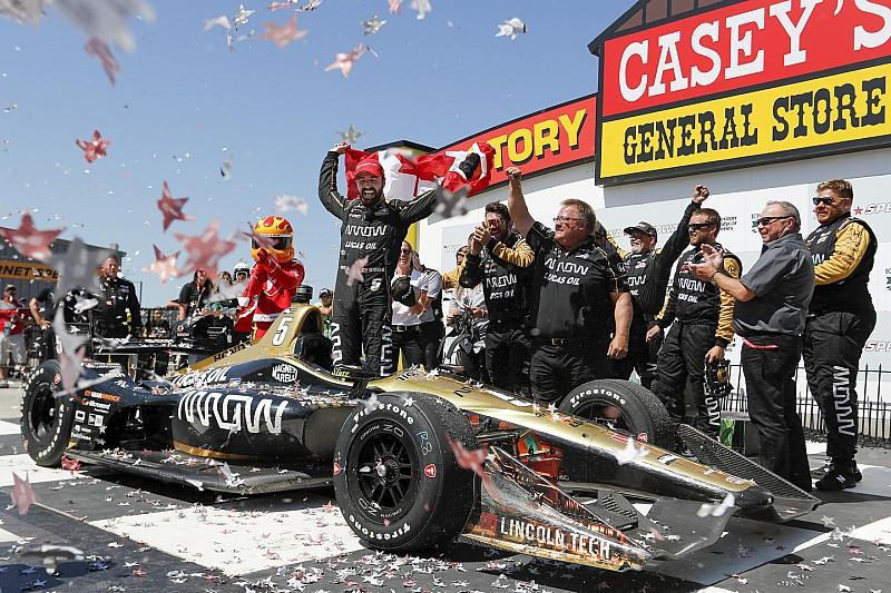 Hinchcliffe trionfa in Iowa e si mette alle spalle la mancata qualificazione alla Indy 500