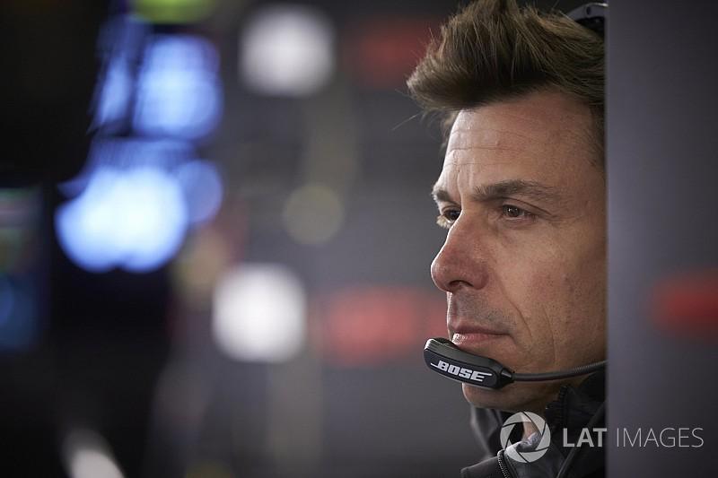 Mercedes: İspanya'da Ferrari'ye kıyasla nerede olduğumuzu göreceğiz