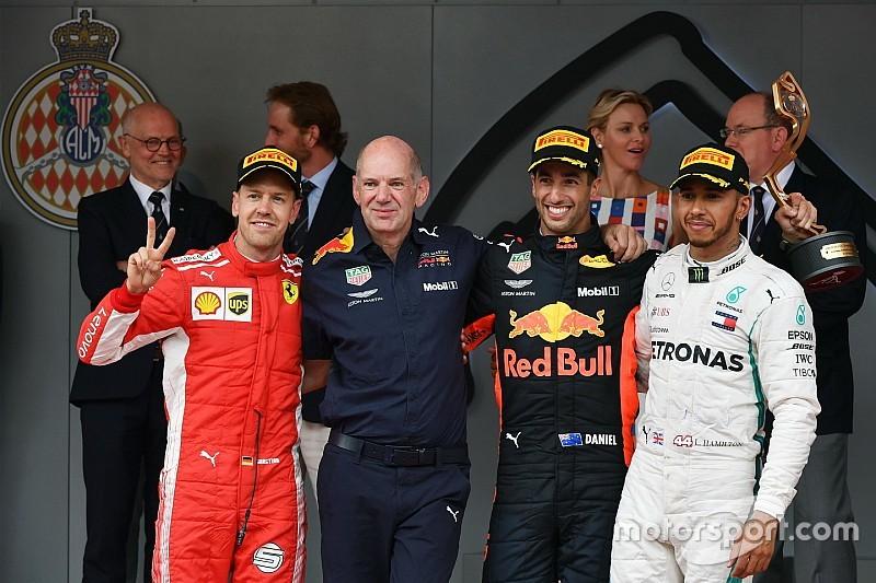 """Ricciardo ziet zichzelf nog niet als titelkandidaat: """"Komen één overwinning tekort"""""""
