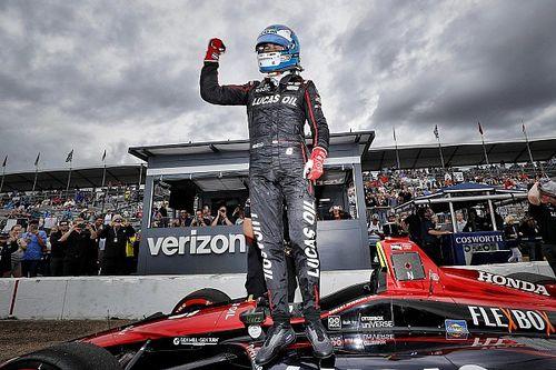 Wickens logra la pole para el inicio de la temporada 2018 de IndyCar