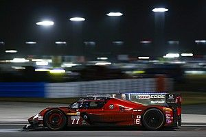 24h Daytona: Bernhard und Rast fahren für Mazda