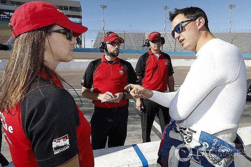 Kanaan, Rahal to test new IndyCar street course tires