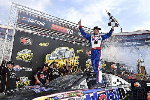 Todd Gilliland wins accident-filled K&N Pro Series race at Bristol