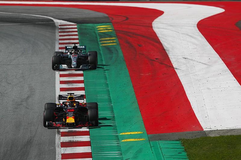 A Red Bullt meglepte, hogy a Mercedes nem hívta ki Hamiltont a VSC alatt