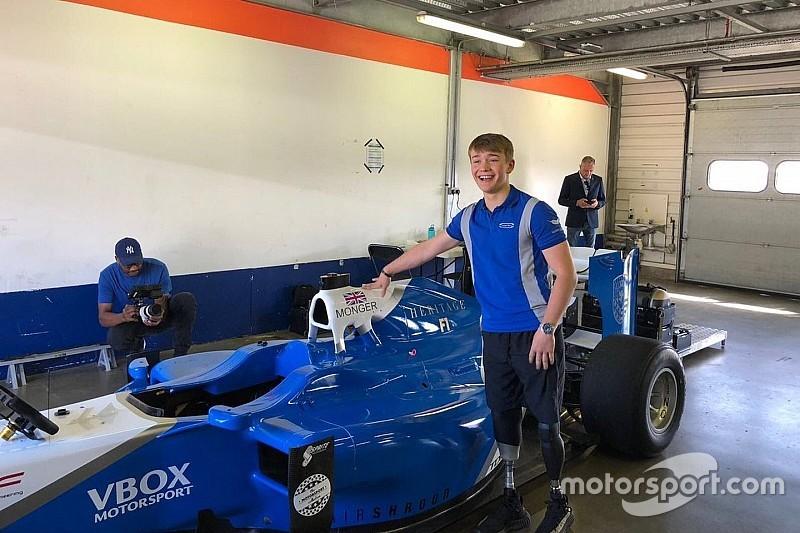 Monger drives Formula 1 car at Rockingham