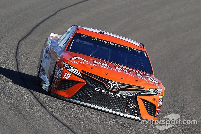 Busch lidera la primera práctica de Daytona 500 con Suárez en tercero
