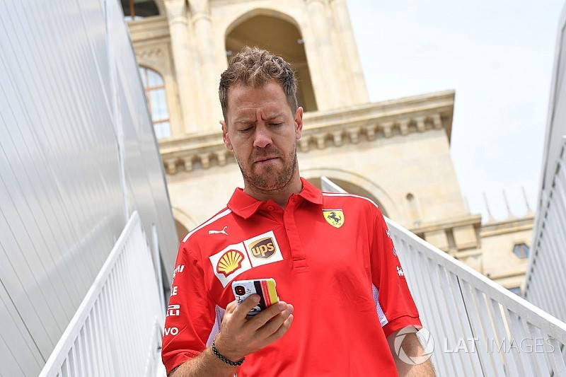 Vettel kézen áll, ha csuklik, megeszi a romlott kaját, és a brit akcentust szexinek tartja