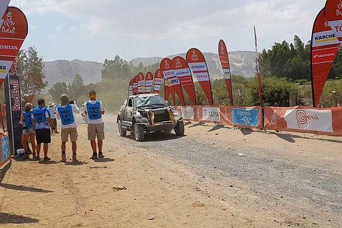 Roma naar ziekenhuis na crash in slotfase derde etappe Dakar 2018