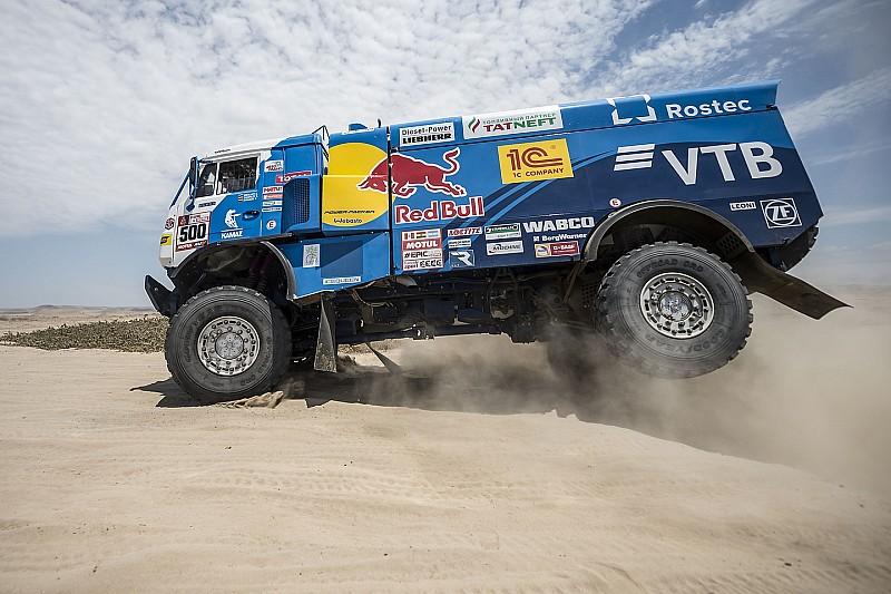 Dakar, Camion, Tappa 5: Nikolaev si sdraia con il Kamaz e poi vince!