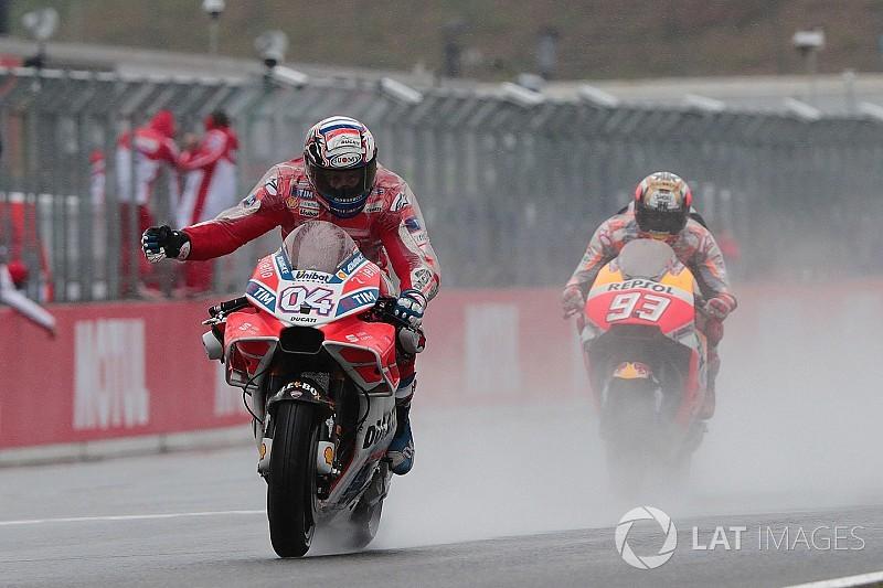 Dovizioso verslaat Marquez in spectaculair duel voor winst op Motegi