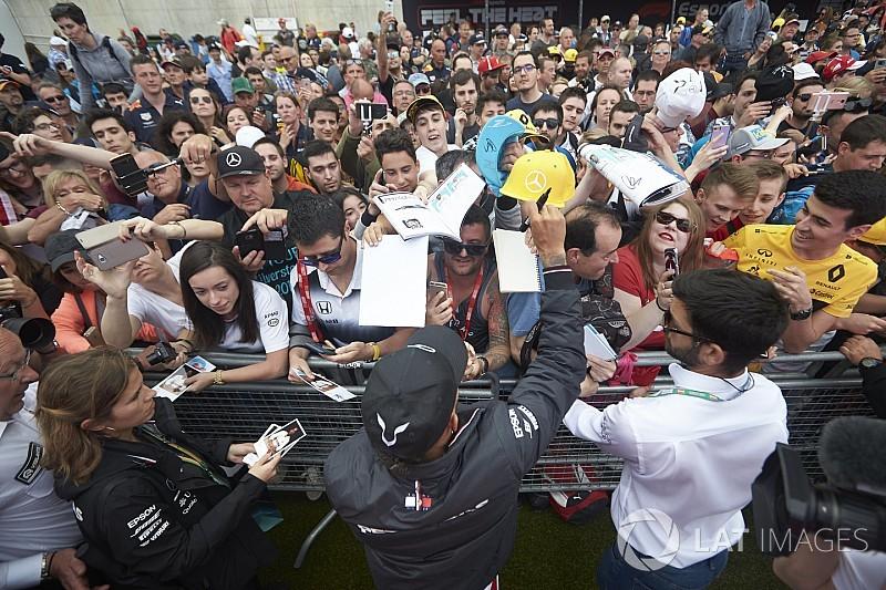 """Hamilton tiene un """"sentimiento de vacío"""" a pesar de liderar el Mundial"""