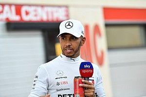 Hamilton critica redução da F1 na TV aberta no Reino Unido