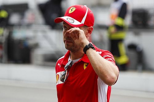Los 4 errores de Vettel que han puesto líder a Hamilton