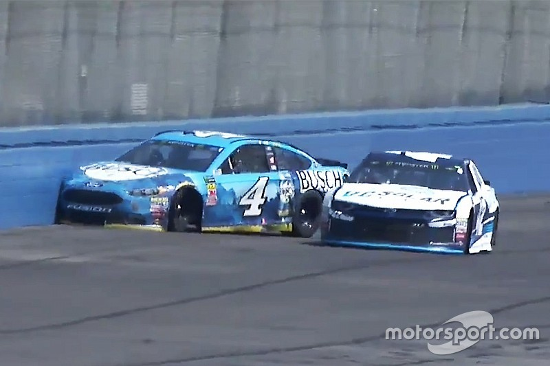 Harvick's win streak ends with crash in first stage at Fontana