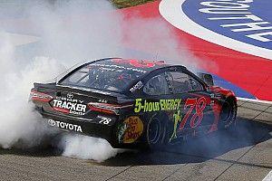 Труэкс выиграл гонку NASCAR в Фонтане
