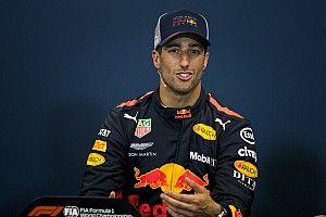 A McLaren és a Mercedes is Ricciardót akarja: Vettel nem engedi a Ferrarihoz?