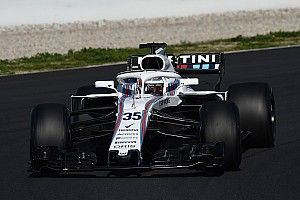 """Lowe explains """"limitations"""" with 2018 Williams F1 car"""