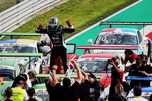 Carrera Cup Italia, Monza: Bertonelli riapre tutto e si emoziona
