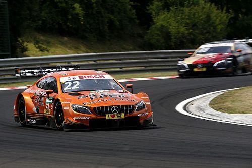 Auer a pole-ban, a Mercedes kibérelte a rajtrács elejét