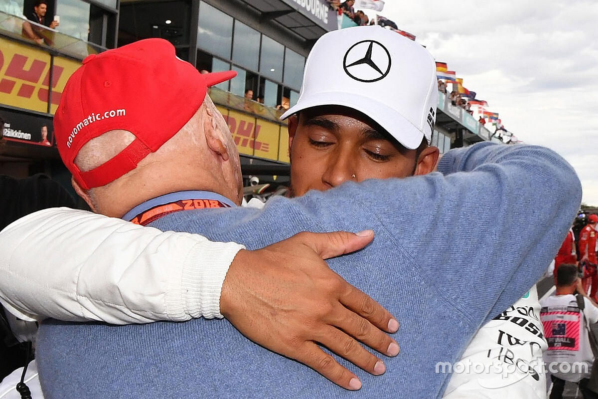 """Hamilton: """"Lauda één van grootste vechters die ik ken"""""""
