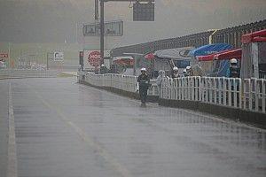 スーパーフォーミュラ第2戦、決勝レースは悪天候により中止が決定