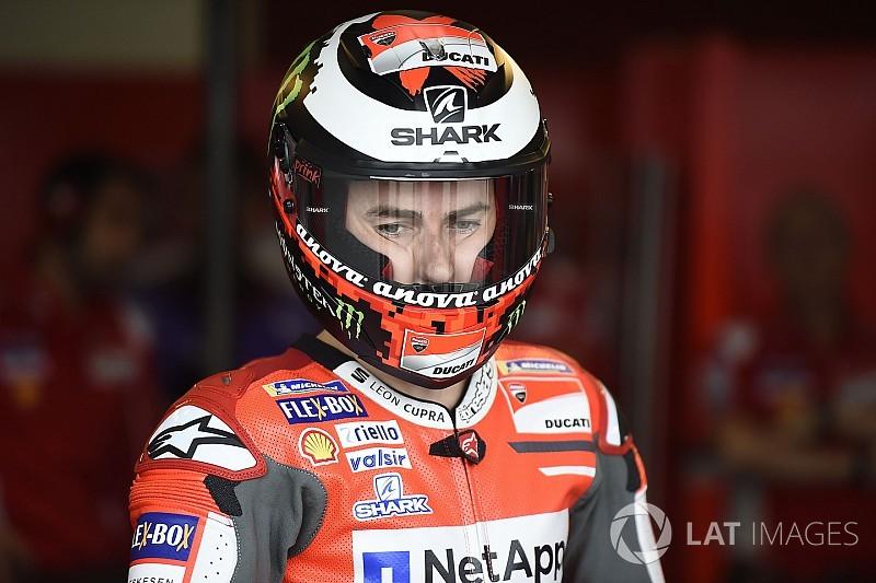 """Lorenzo: """"Dadas mis circunstancias prefiero no opinar de lo de Rossi y Márquez"""""""