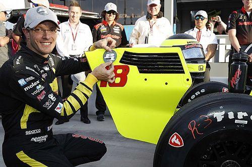 Bourdais sconfigge gli specialisti Penske e conquista la pole a Phoenix
